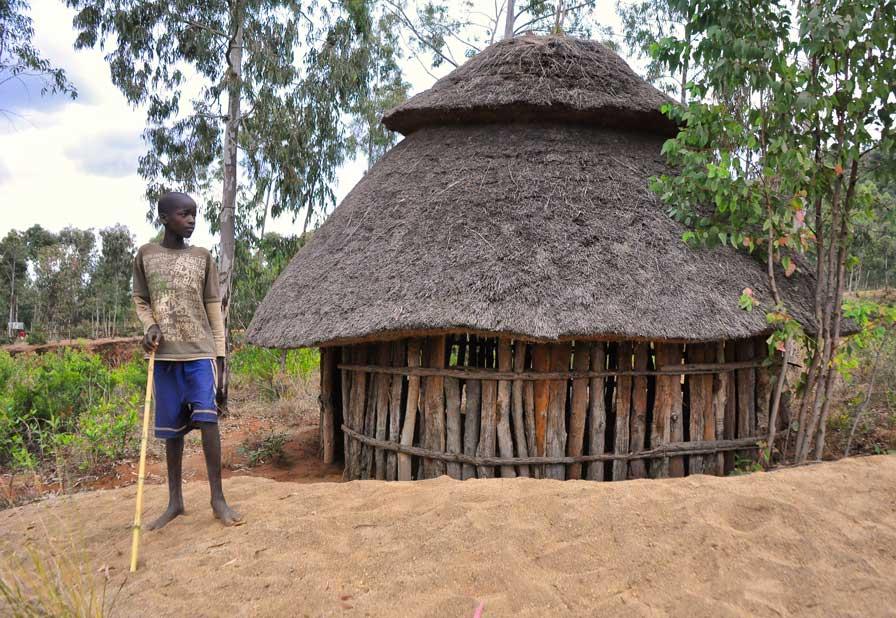 Konso_Tribe,_Ethiopia_(8093510511)
