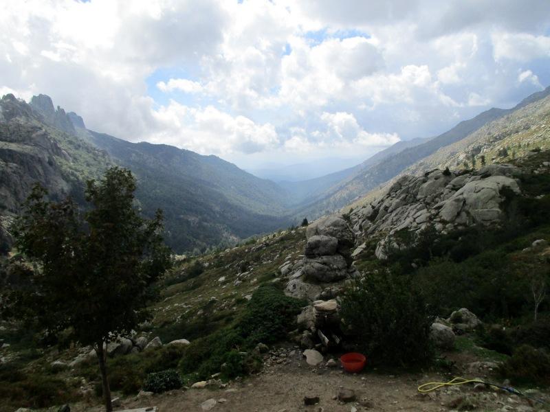 Вид, открывающийся с рефьюжа Usciolu.