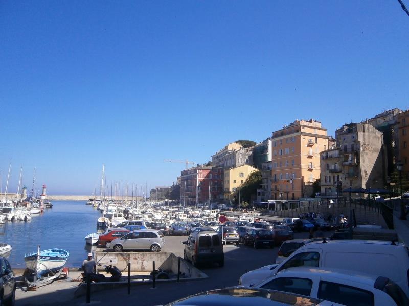 Старый порт в Бастии.